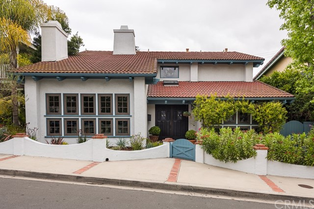 545 23rd Street- Manhattan Beach- California 90266, 4 Bedrooms Bedrooms, ,3 BathroomsBathrooms,For Sale,23rd,SB18112861