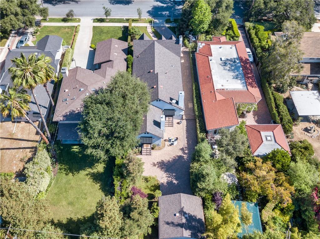 42. 1464 Oakdale Street Pasadena, CA 91106