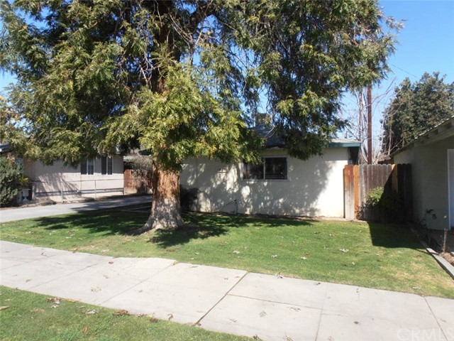 1028 Pacific St., Bakersfield, CA 93305