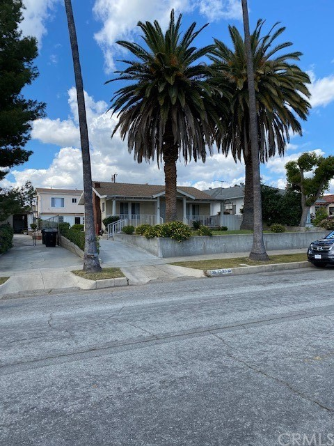 33 S Primrose Avenue, Alhambra, CA 91801