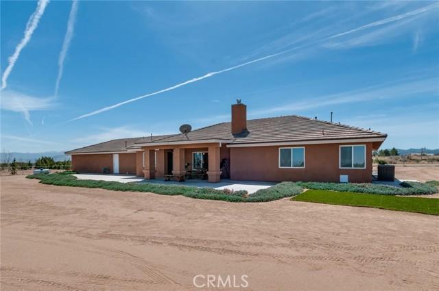 13470 Cromdale St, Oak Hills, CA 92344 Photo 31