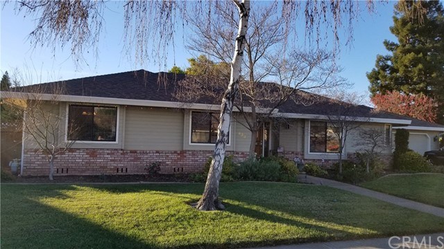 833 St Amant Dr, Chico, CA 95926