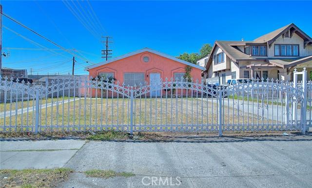 1716 48th, Los Angeles, CA, 90062