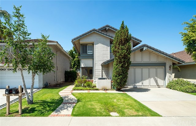 15 Thornwood, Irvine, CA 92604