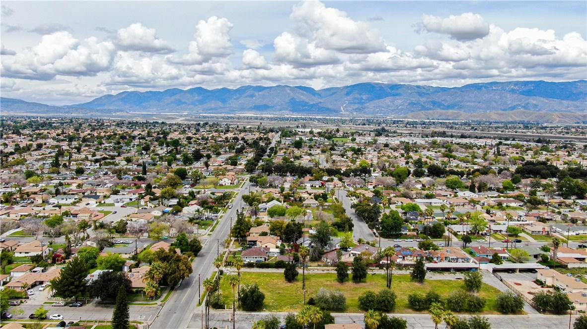 2596 Foothill Boulevard, San Bernardino, CA 92410