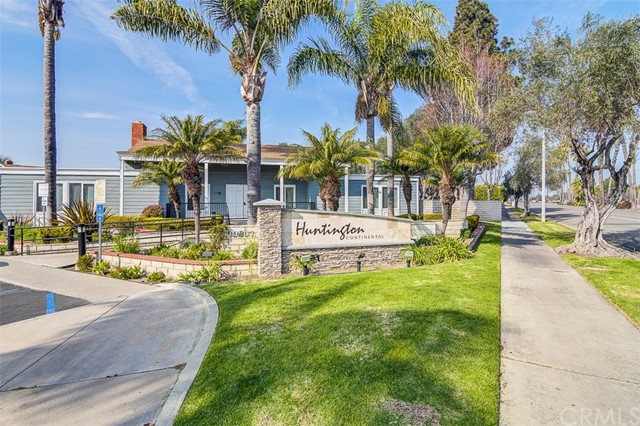 One of Huntington Beach 2 Bedroom Homes for Sale at 19766  Cambridge Lane