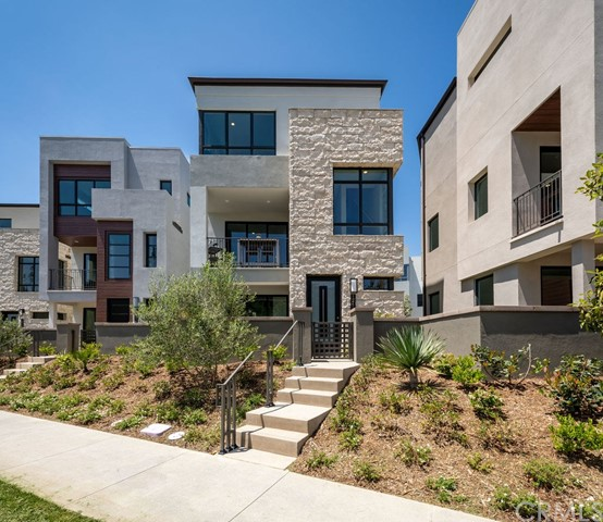 12689 W Bluff Creek, Playa Vista, CA 90094