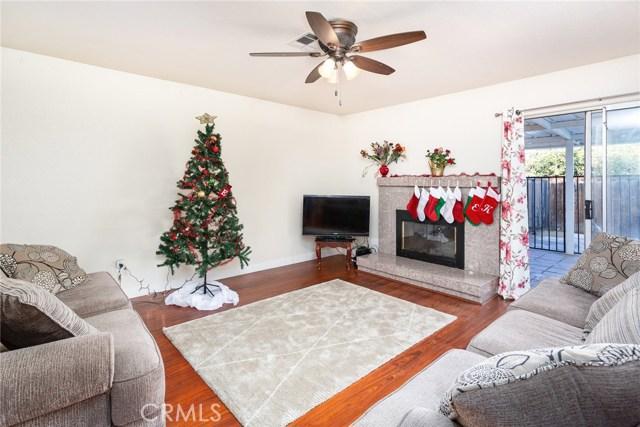 1720 S Atwood St, Visalia, CA 93277 Photo 5