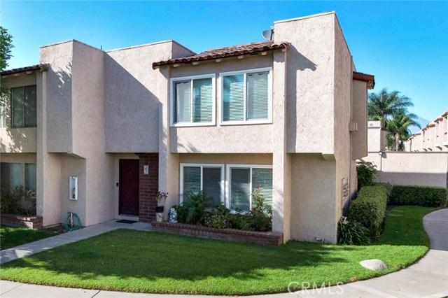 700 W La Veta Avenue J7, Orange, CA 92868