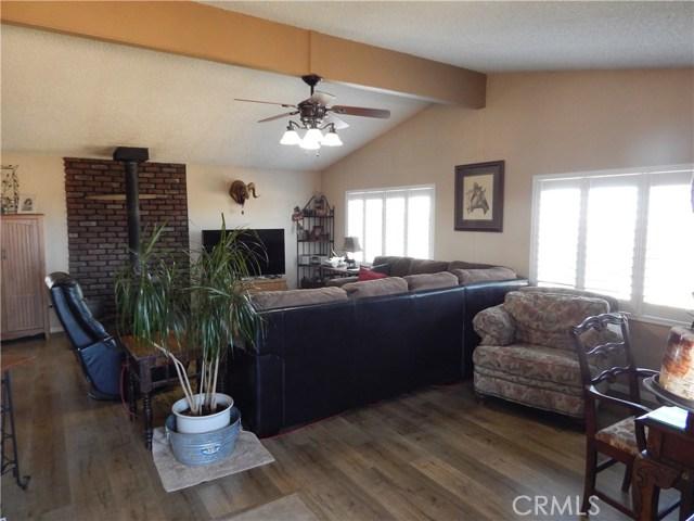 11024 Medlow Av, Oak Hills, CA 92344 Photo 12