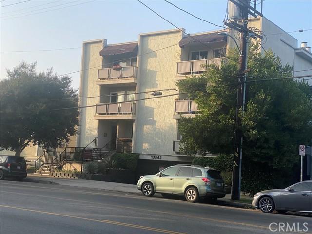 13543 Moorpark Street 1, Sherman Oaks, CA 91423