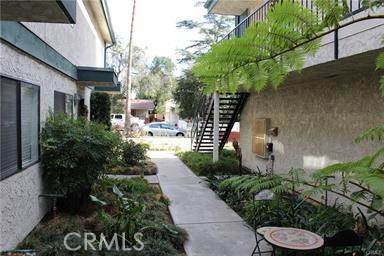 141 N Parkwood Av, Pasadena, CA 91107 Photo 14