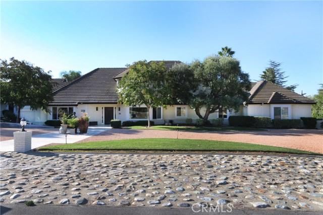 228 Pomello Drive, Claremont, California 91711, 5 Bedrooms Bedrooms, ,5 BathroomsBathrooms,For Sale,Pomello,TR20206257