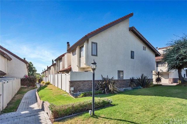 5577 Pioneer Boulevard 12, Whittier, CA 90601