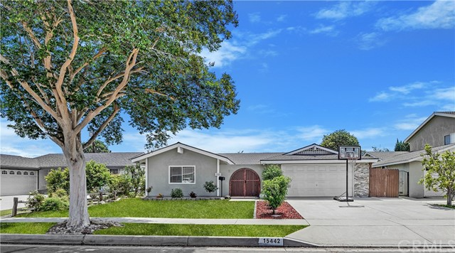 15442 Columbia Lane Huntington Beach, CA 92647