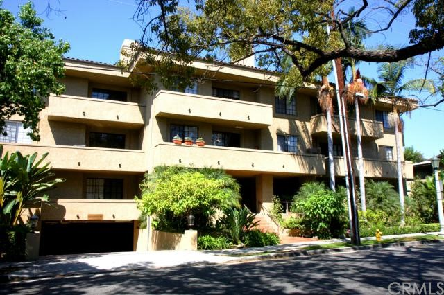 221 Oak Knoll Avenue 205, Pasadena, California 91101, 2 Bedrooms Bedrooms, ,1 BathroomBathrooms,For Sale,Oak Knoll,WS14185236