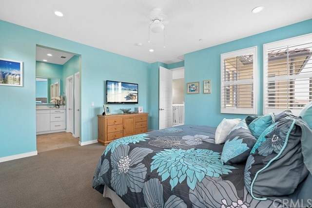 27. 53 Wild Rose Lake Forest, CA 92630
