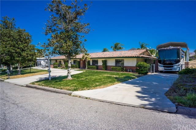 1885  Bel Air Street, Corona, California