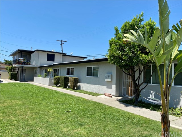 17361 Keelson Lane, Huntington Beach, CA 92647