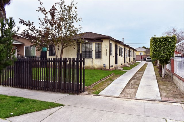 2730 Southern Avenue, South Gate, CA 90280