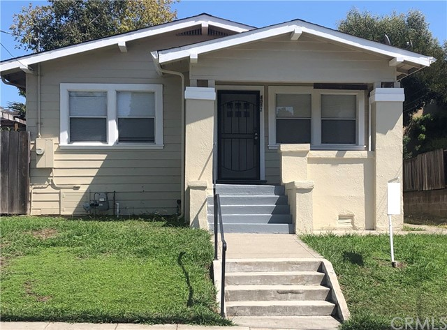 4082 Lyon Avenue, Oakland, CA 94601