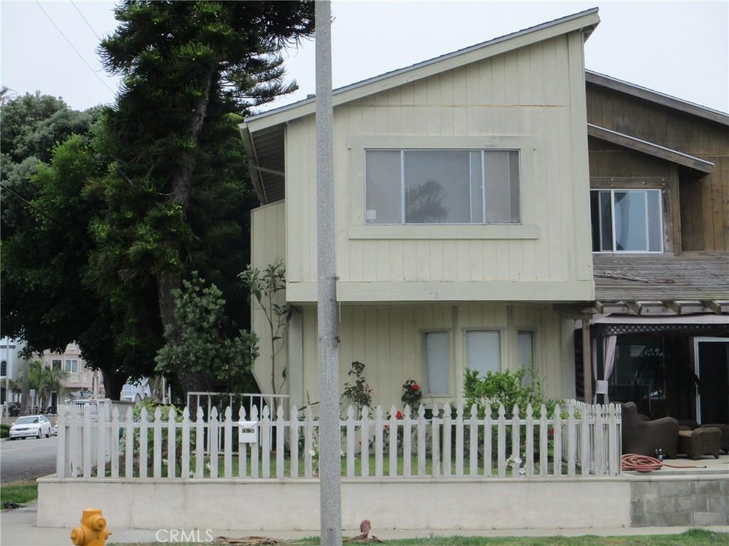 Photo of 228 20th Street, Huntington Beach, CA 92648