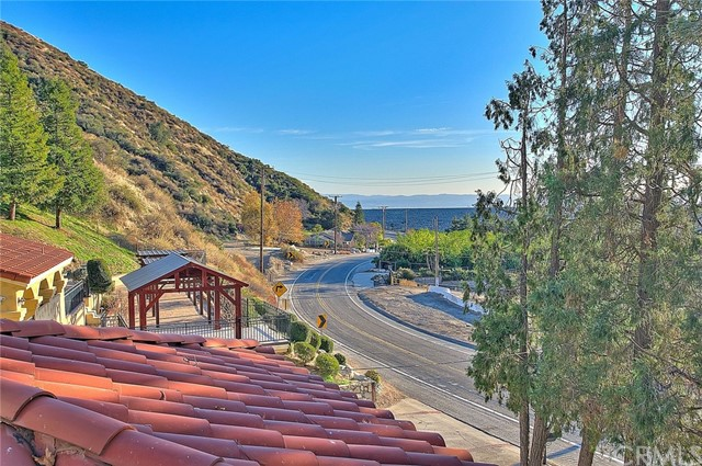 Image 52 of 2680 N Mountain Ave, Upland, CA 91784