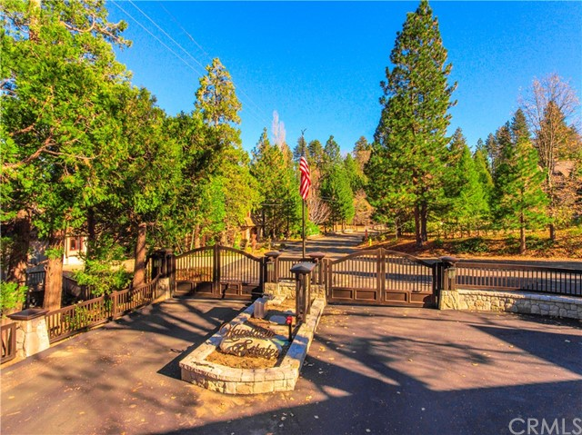 27608 High Knoll Road, Lake Arrowhead, CA 92352
