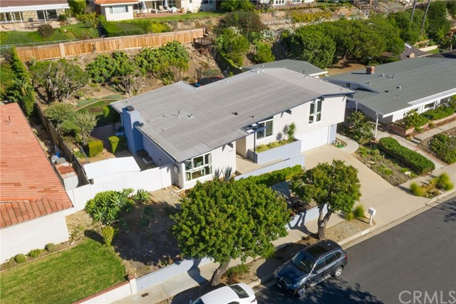 30204 Via Victoria, Rancho Palos Verdes, California 90275, 3 Bedrooms Bedrooms, ,1 BathroomBathrooms,For Sale,Via Victoria,PV20241383