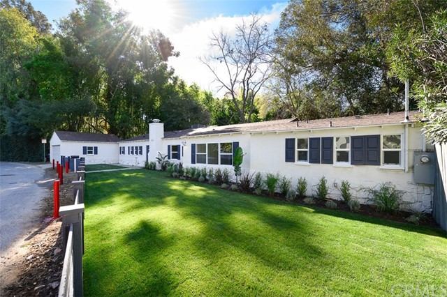 3823 Carpenter Avenue, Studio City, CA 91604