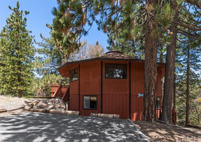 30778 Knoll View Dr, Running Springs Area, CA 92382 Photo