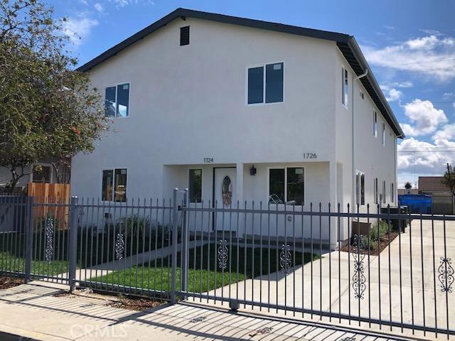 1724 E 85th Street, Los Angeles, CA 90001