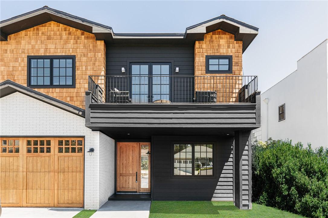 2. 746 Swarthmore Avenue Pacific Palisades, CA 90272