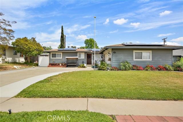 1370 N 3rd Avenue, Upland, CA 91786