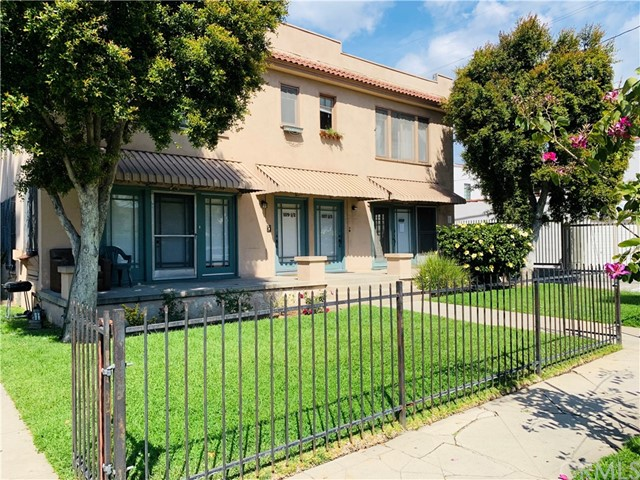 1117 W 28th Street, Los Angeles, CA 90007