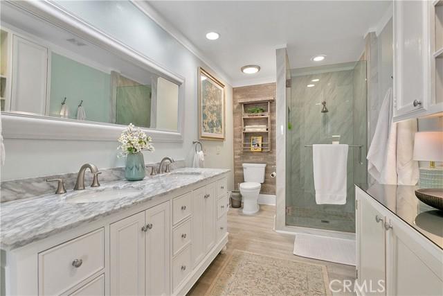Dual sinks, large custom shower.