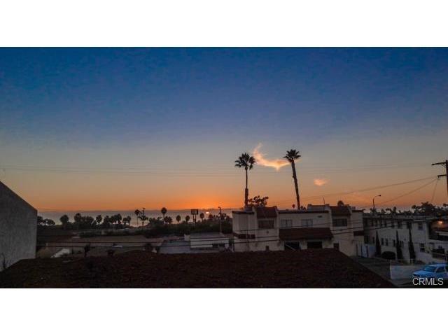 2607 Calle Del Comercio, San Clemente CA: https://media.crmls.org/medias/ff7b86f4-92c0-4e70-b104-0baf4799e988.jpg