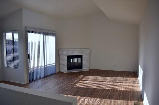 600 1st Street, Hermosa Beach, California 90254, 2 Bedrooms Bedrooms, ,2 BathroomsBathrooms,For Rent,1st,SB19061057