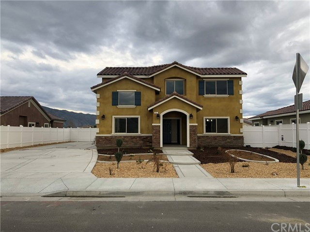 457 Sandalwood Street, San Jacinto, CA 92582