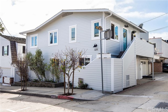 3211 Morningside Drive, Hermosa Beach, CA 90254