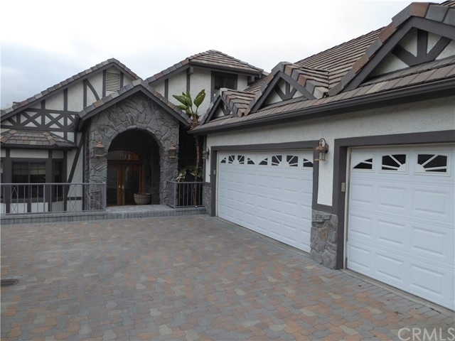 22298 San Joaquin Drive W, Canyon Lake, CA 92587