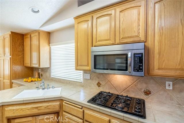 10788 Columbine Rd, Oak Hills, CA 92344 Photo 18