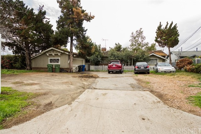 8945 Kester Avenue, Panorama City, CA 91402