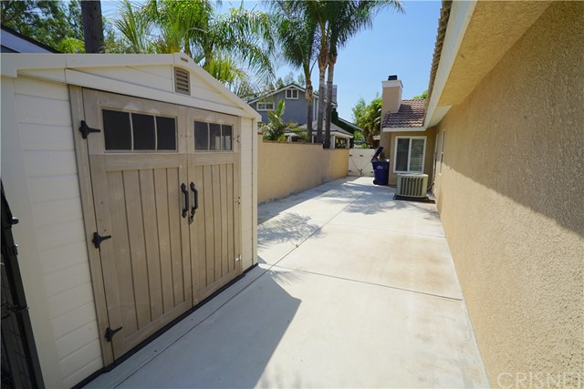 15. 15257 Carla Court Canyon Country, CA 91387