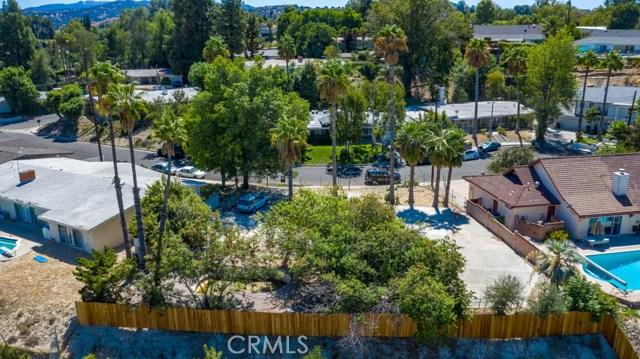 5622 El Canon Avenue, Woodland Hills, CA 91367