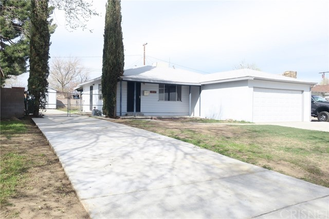 45437 11th Street W, Lancaster, CA 93534