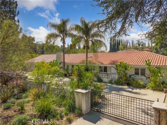 Photo of 5125 Oakdale Avenue, Woodland Hills, CA 91364