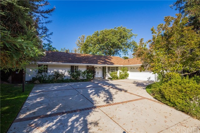 4745 Poe Avenue, Woodland Hills, CA 91364