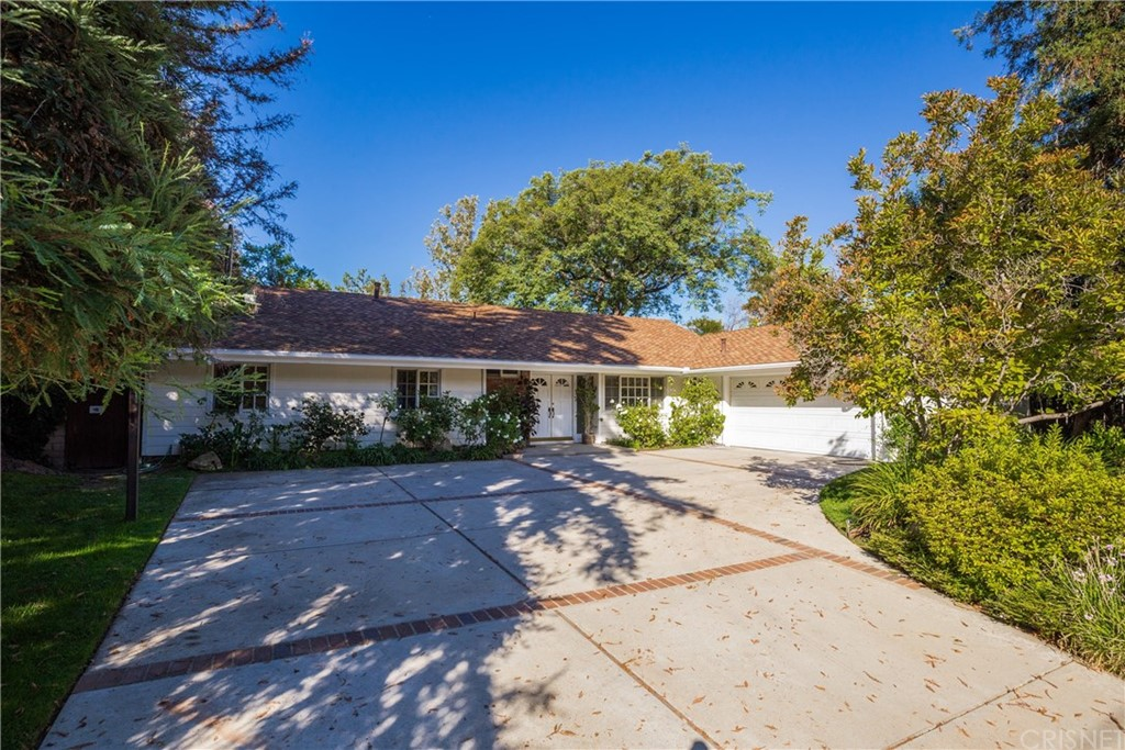 Photo of 4745 POE AVENUE, Woodland Hills, CA 91364