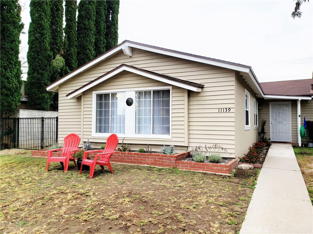Photo of 11139 HAYVENHURST AVENUE, Granada Hills, CA 91344